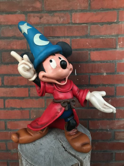 Walt Disney - Mickey Mouse -The Sorcerer's Apprentice - Fantasia (1980)