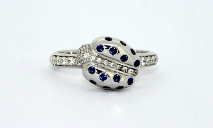 Faraone - 18k white gold ladies ladybird ring with diamonds and blue sapphire - Size UK: L US: 6 EU: 51 1/2