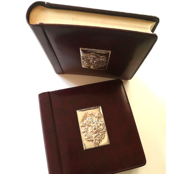 Italian craftsmanship - 2 photo albums of leather and 925 silver - handmade