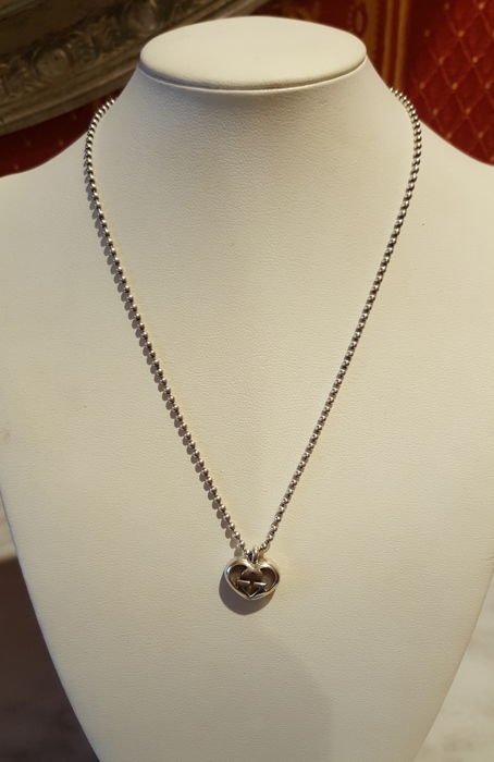 a4e6b93bee943 Gucci - necklace with heart pendant - 925 silver - Catawiki