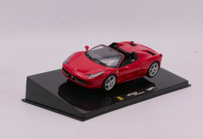 Hot Wheels Elite - Schaal 1/43 - Ferrari 458 Spider - Colour: Red
