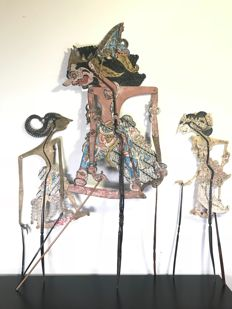 Three Wayang kulit Batari Durga, Wayang Purwa, Central Java - Indonesia - 2nd half of the 20th century (87 cm)