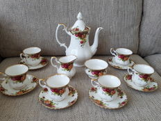 "Royal Albert - 6 person coffee set ""Old country  Roses"""
