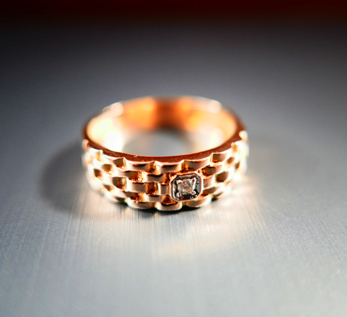 Design Ring 14 ct with transparent stone, size 12 US