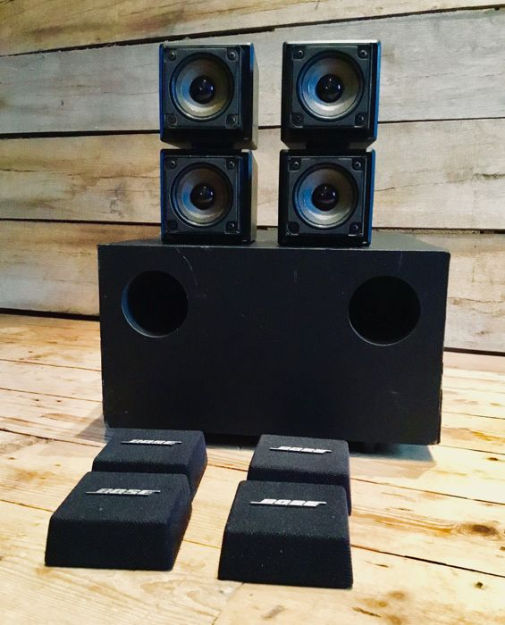Bose Acoustimass double/twin cube speaker systeem