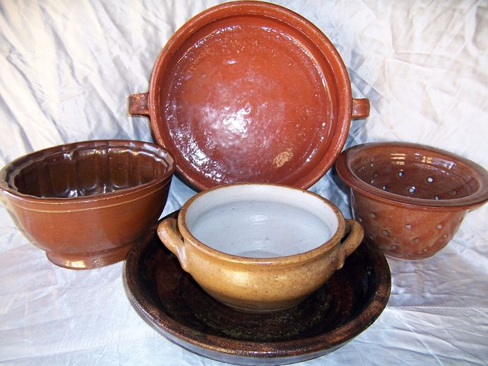 Old crafts glazed bowl, pot, filter, stoneware and Earthenware, 5 pieces kitchen collection