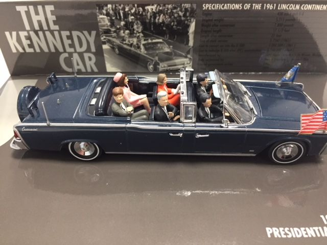 Minichamps Scale 1 43 Lincoln Continental 1961 The Kennedy