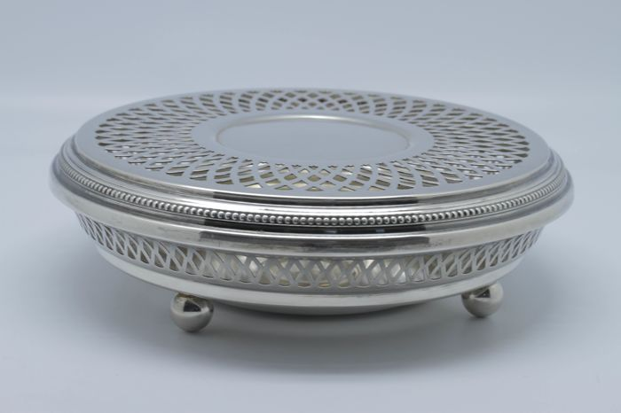 Antique hot-plate from Christofle Gallia silver collection