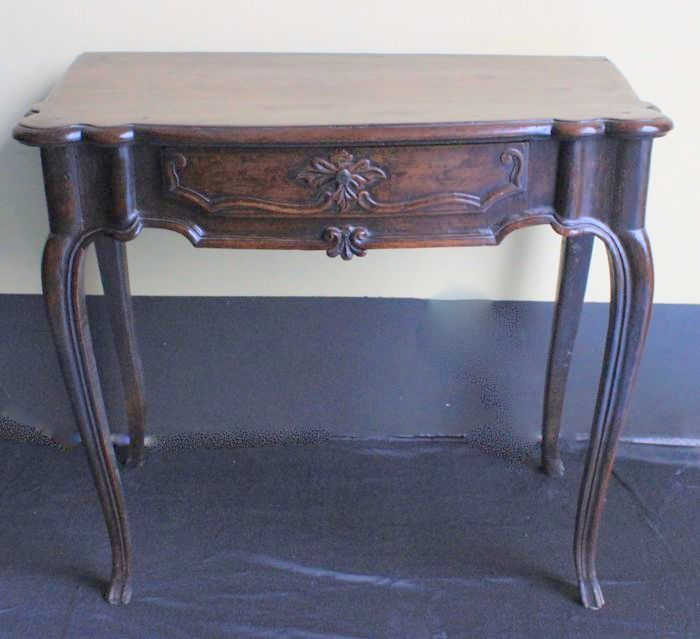 Burnished wood console table - Piedmont, Italy - early 18th century