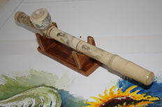 Opium pipe from China, hand-painted - late 20th century