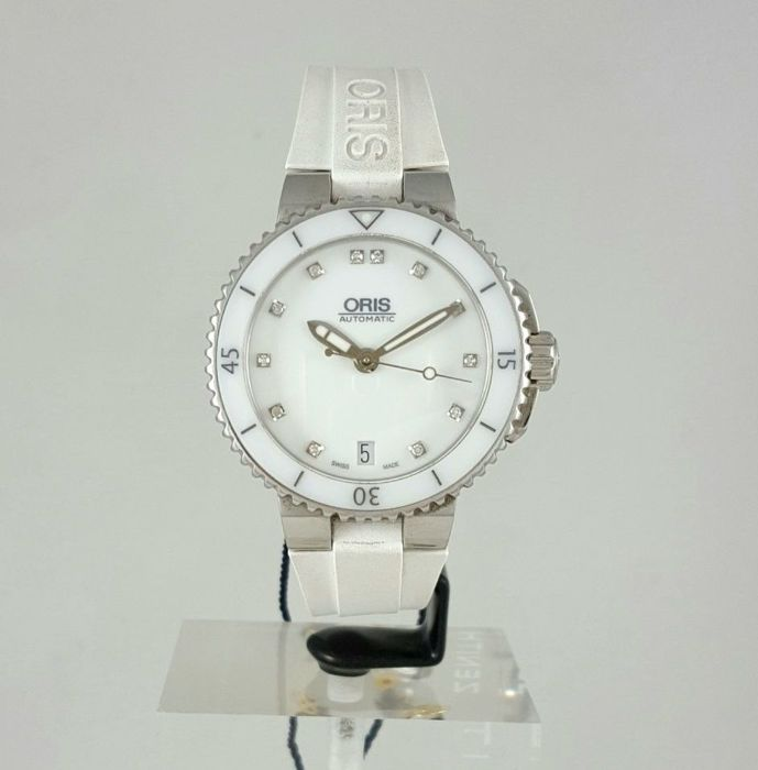 Oris - Aquis Date Automatic Diamonds Diver 36mm - 01 733 7652  - Dames - 2011-heden