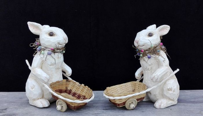 Set of Easter bunnies with a basket