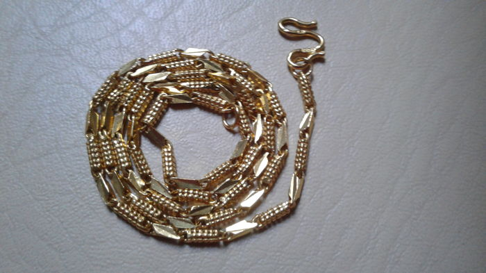 22 kt gold necklace, 12.39 g