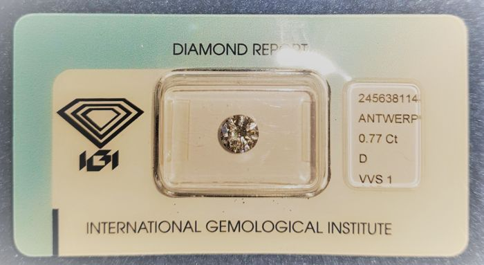 Natural diamond of 0.77 ct D VVS1, round brilliant cut, IGI certified and sealed