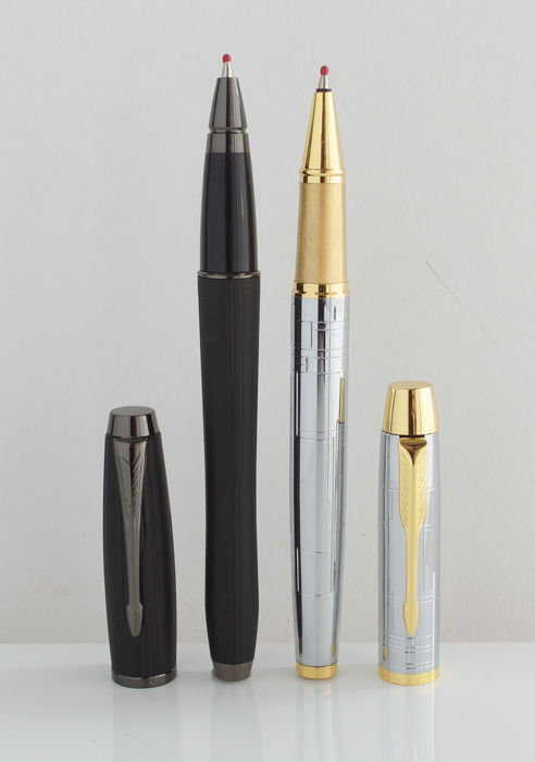 Parker: 2 luxury rollerball pens high gloss chrome and matte black with gold plated parts, with Parker gift box (P200)