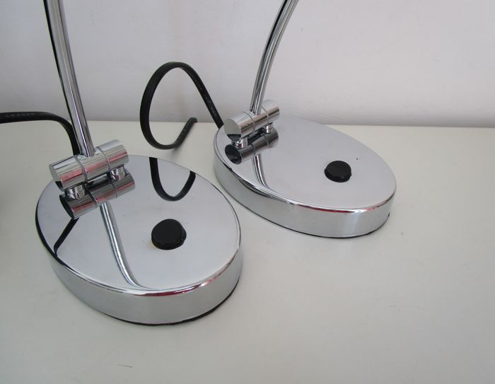 Willemse Verlichting, 2 chrome piano lamps - Catawiki