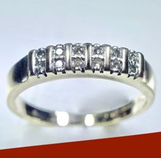 14 kt Yellow gold women's ring set with 12 diamond of approx. 0.48 ct in total - ring size: Ø: 18 mm - No reserve price