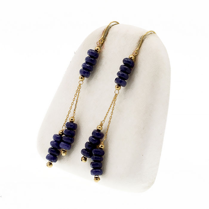 18k/750 yellow gold earrings with sapphires - Length 55 mm. - Sapphires weight 6 ct.