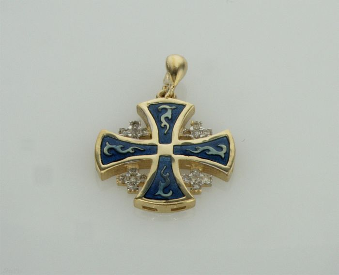 "14K 3.30g yellow gold blue Amain ""cross"" shape ,set with 0.12 F-G VS\SI round brilliant diamonds comes with yellow gold chain."