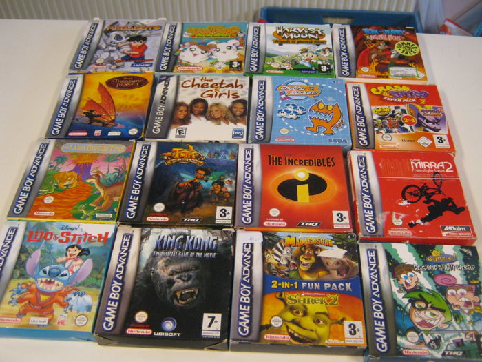 16 Original Nintendo boxed advance games,most off them complete