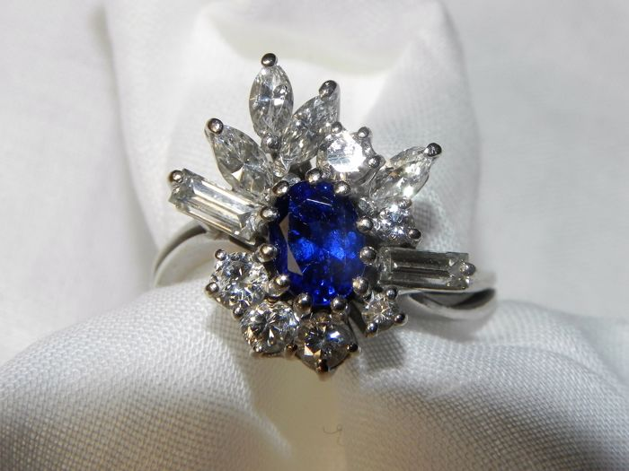 Sapphire retro 14 kt, 585 gold approx. 1 ct sapphire and approx. 1.30 ct baguette diamonds