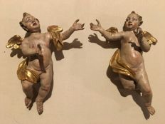 Pair of angels in polychrome and gilt wood - 18th century