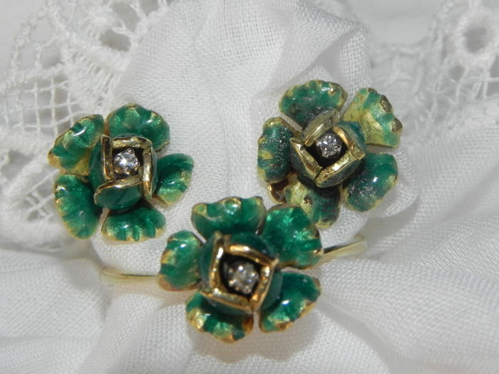 Art Nouveau Art Deco set clip-on earrings and ring enamel 750 18 kt gold 3 diamonds