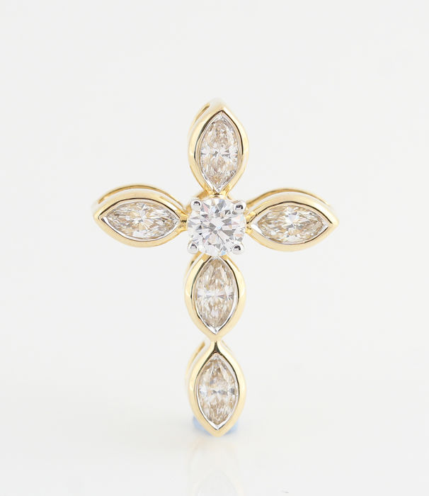 14 kt yellow gold diamond cross pendant, 0.45 ct in total - 1 brilliant cut & 5 marquise cut diamonds - size 19 x 14 x 6 - weight 1.50 g