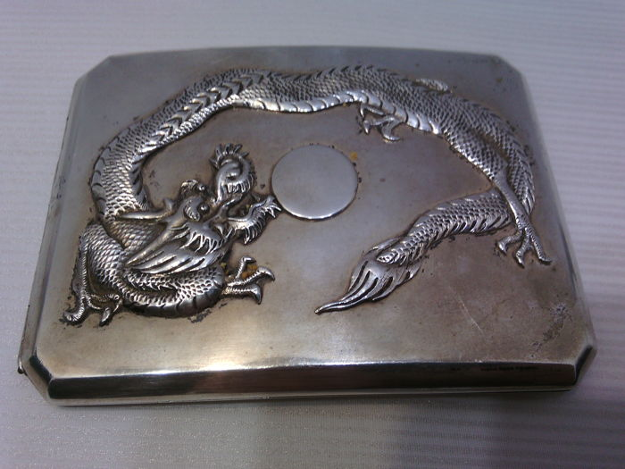 Silver cigarette case, smooth surface with decorative pattern, early 20th century, Zee Sung, China