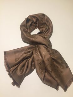 Louis Vuitton - Scarf