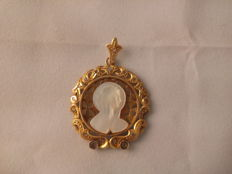 Pendant in 18 kt gold - 5 g