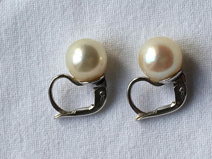 Earrings with 9 mm pearls and 750‰ (18 kt) white gold, made in Italy