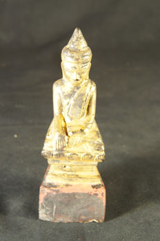 Antique gilded Buddha statue - Burma -  second half of the 20th century