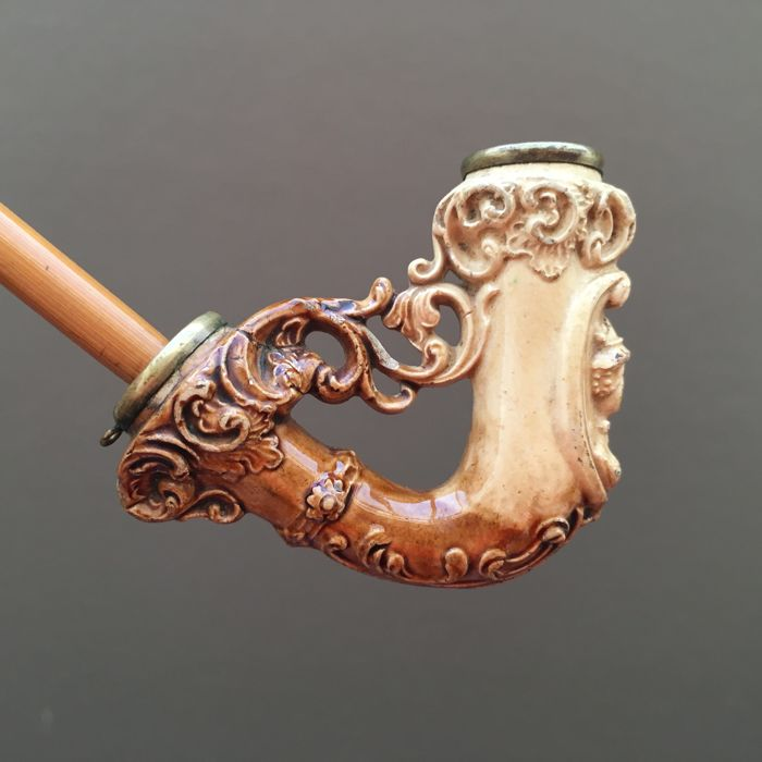 Vary rare clay pipe by Partsch resembling  Viennese meerschaum pipe - Austria, ca. 1890