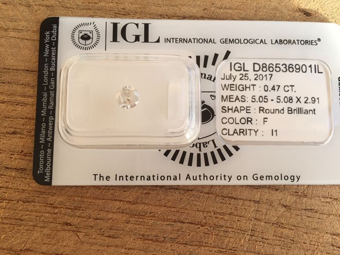 Brilliant cut diamond, weight 0.40-0.49, colour white F