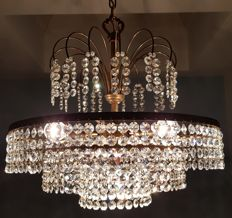 Chandelier of high quality crystal, 1st half of the 20th century.