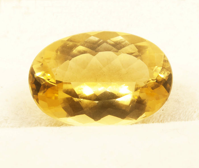 Heliodore (yellow beril) - 10,11  ct