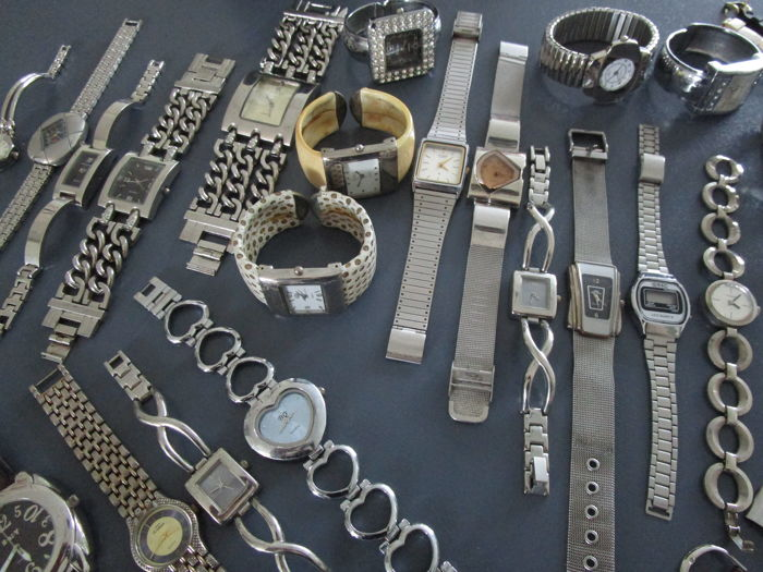 Collection of 47 items of ladies' and men's watches