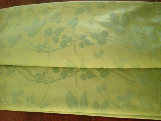 5.70 meters of an elegant damask fabric, made in San Leucio (Italy), with floral decorations on a jade green base