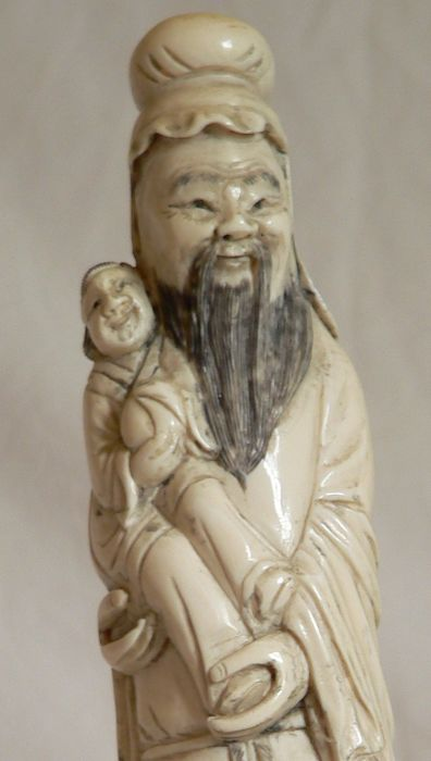 Superb large ivory Immortal (28.5 cm) in its box - China, circa 1900-1930