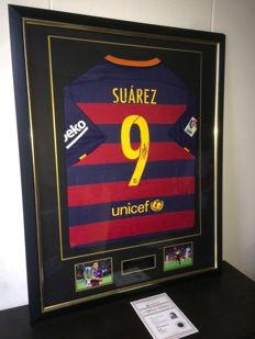 Luis Suarez / FC Barcelona - Personally Signed Premium Deluxe Framed shirt 15/16 + COA A1 and Photoproof!