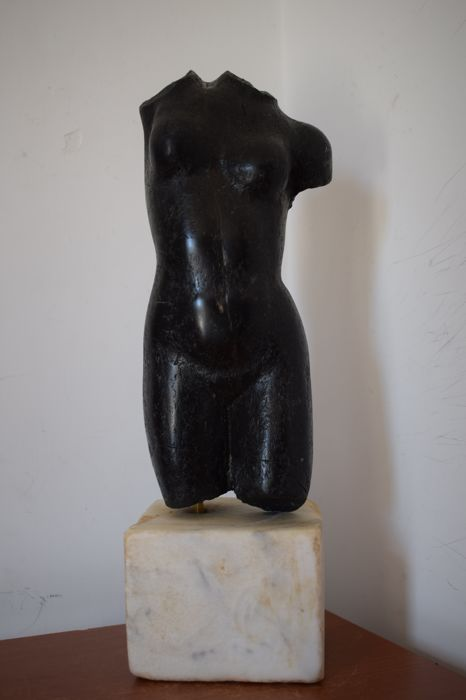 Black marble torso of Venus, Italy, 20th century