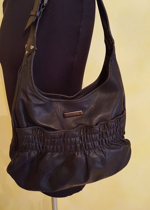 Burberry London shoulder bag - Made in Italy - Catawiki 18cb37f7f21ef