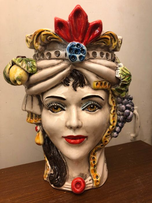 Moor Head in fine ceramics of Caltagirone - 28 cm high, 20 cm deep