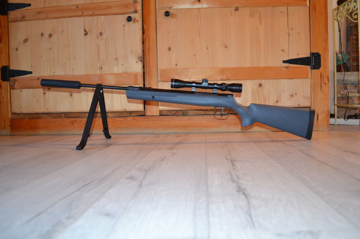Pellet air rifle, Remington, 20 joules, used, with transport soft case