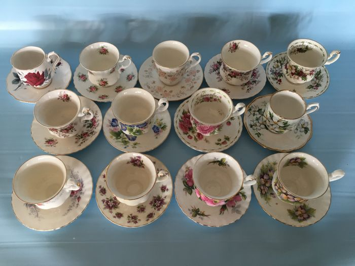 Royal Albert, Bone China English Cup & Saucers - 13 pieces