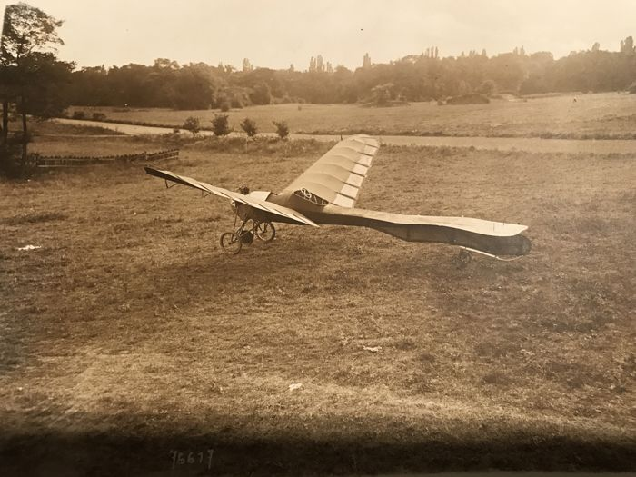 DUBOIS-RIOUT aircraft without propeller aircraft but flapping wings similar to those of gliders 1912