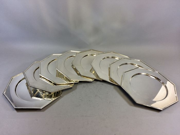 Ten silver plated octagonal under plates with ribbed edge, late 20th century 19/3