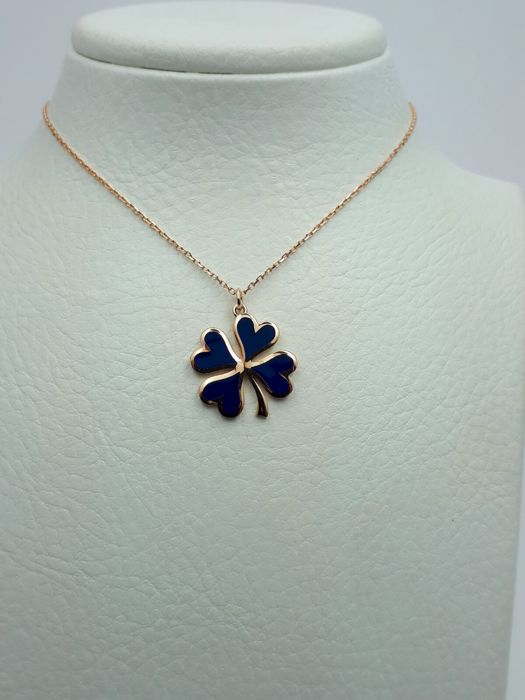 14 ct. Gold Chain with Four Leaf Clover Enamel Pendant, Length Chain: 41 cm , Pendant: 1,3 cm x 1,3 cm, Total Weight: 2,28 g