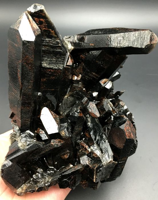 Natural Smoky Quartz crystal cluster - 132 x 155 x 110 mm - 1726 gm